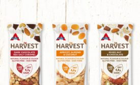 Atkins Harvest snack bars reveal nature in package design