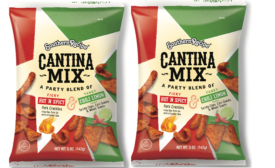 Southern Recipe combines five snacks into one-of-a-kind snack mix