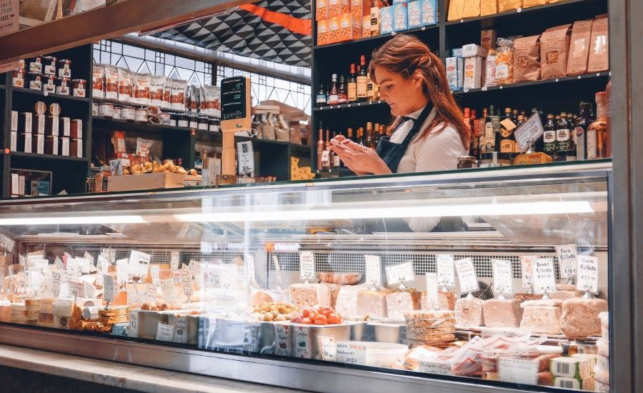 No Evidence of Contracting COVID-19 from Food Packaging Say FDA and USDA