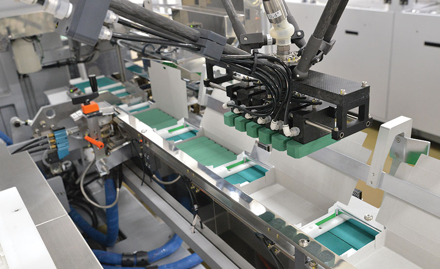 PMI KYOTO robotic tri-seal cartoner