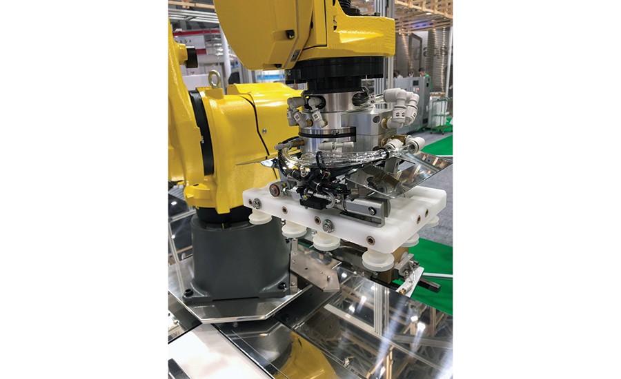 Case Packers & Cartoners Feature Delta and Six-Axis Robots