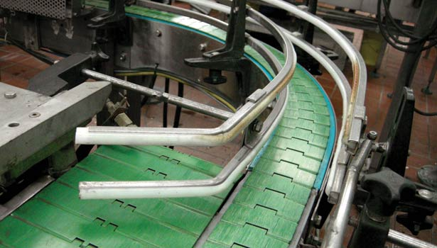 conveyor system, dry running bottle-line, Vincor's double-magnet curves solve chain jumping problem